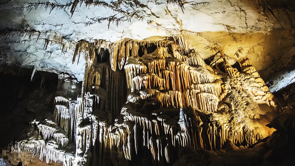 jaskinie na świecie